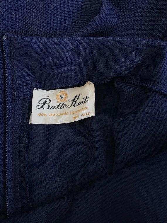 Vintage 1970 Navy Blue Textured Polyester Knit Dr… - image 8