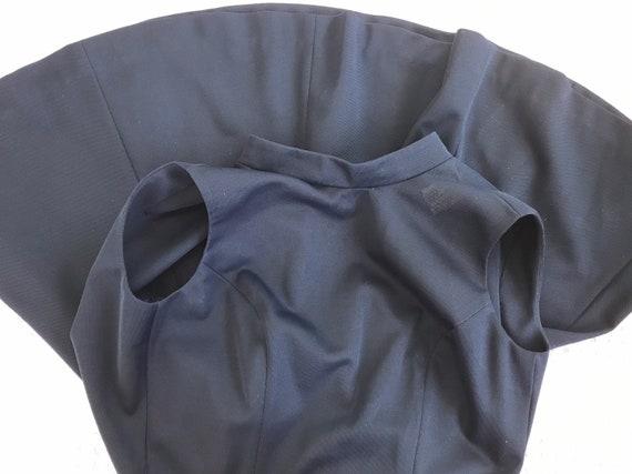 Vintage 1970 Navy Blue Textured Polyester Knit Dr… - image 9