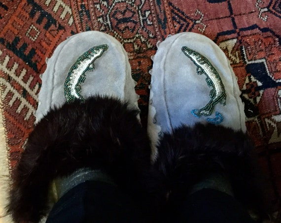 Vintage Native American Indian Moccasins - Beaded