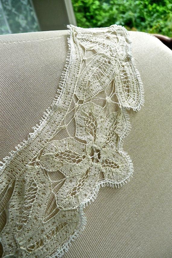 Antique Mechlin Lace Collar - Mechlin Lace Floral… - image 4
