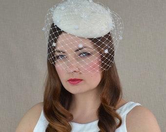 White Felt Pillbox Hat with Birdcage Veil - Bridal Fascinator - Off White Cocktail Hat - Christening Hat - White Wedding Hat with Veil