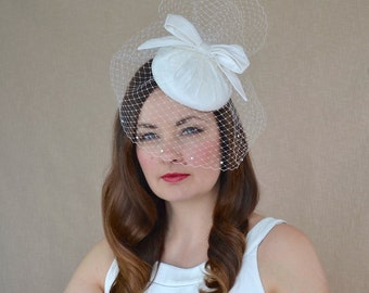 Bridal Pillbox Hat with Birdcage Veil and Bow  - White Bridal Fascinator with Veil - Ivory Wedding Hat - Pillbox Hat - Bridal hat