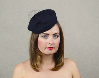 Navy Blue Felt Fascinator with Bow and Birdcage Veil - Dark Blue Pillbox  Hat - Navy Cocktail Hat - Navy Fascinator - Birdcage Veil Hat 77199f49540