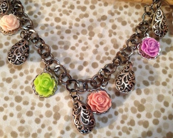 Gunmetal floral and teardrop necklace