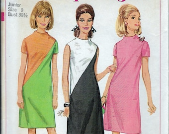 Vintage 1967 Simplicity 7075 Mod One-Piece Dress Sewing Pattern Size 9 Bust 30 1/2""