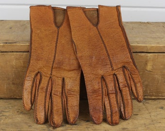 Vintage Womens Brown Leather Gloves, Old Gloves, Size 7, Medium, Brown Gloves, Exposed Stitching, Girl Lady Women, Weathered Worn In, Old