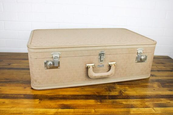 Vintage Towncraft Cream Suitcase Old Tan Luggage B