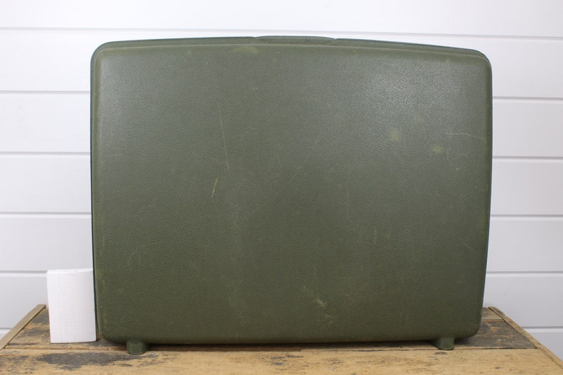 Textured Hard Plastic with Silver Accents Samsonite Saturn Large Vintage Dark Green Samsonite Luggage Samsonite Suitcase