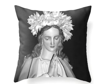 Ave Maria Pillow
