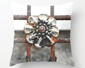 Rosette Ironwork Pillow