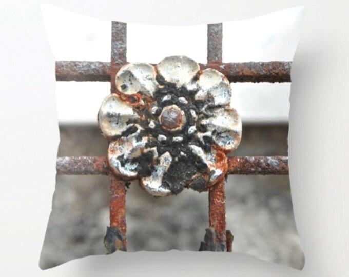 Rosette Ironwork Pillow