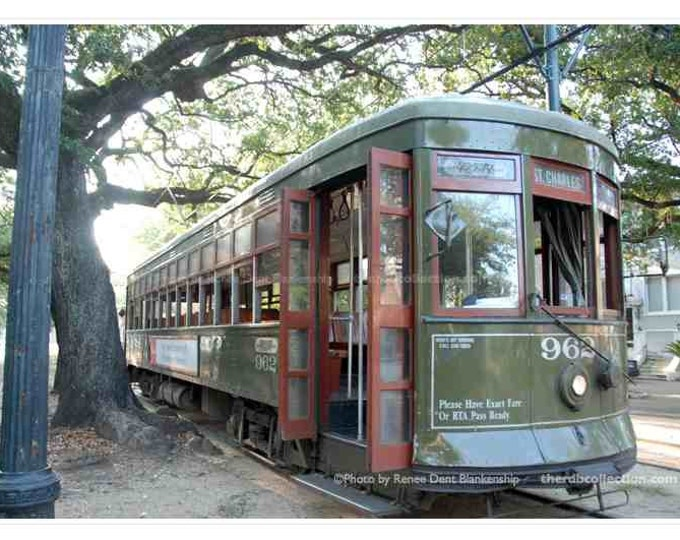 Streetcar Photograph - New Orleans