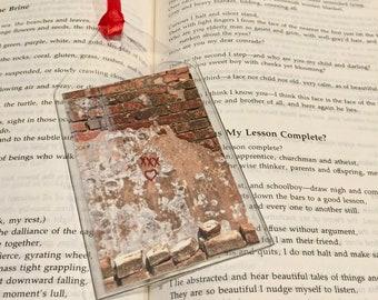 Laveau Bookmark