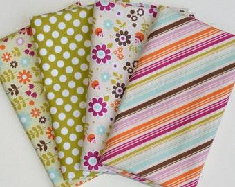 Little Matryoshka Cream Fat Quarter Bundle - Riley Blake Designs / Carly Griffith - 4 Fat Quarter Cuts - LAST SET