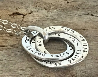 Family Necklace, Personalized Gift, Sterling silver Linked Circle Necklace, Custom name and Birthdate, Children Name Rings,  Mother Gift