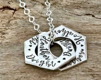 Couples Hexagon Necklace, Personalized Jewelry, Interlocking Circle Necklace, Interlocking Rings, Two Circle Necklace, Eternity Necklace
