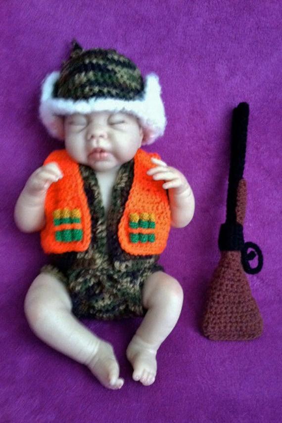 Bebé camuflaje Traje de cazador con escopeta