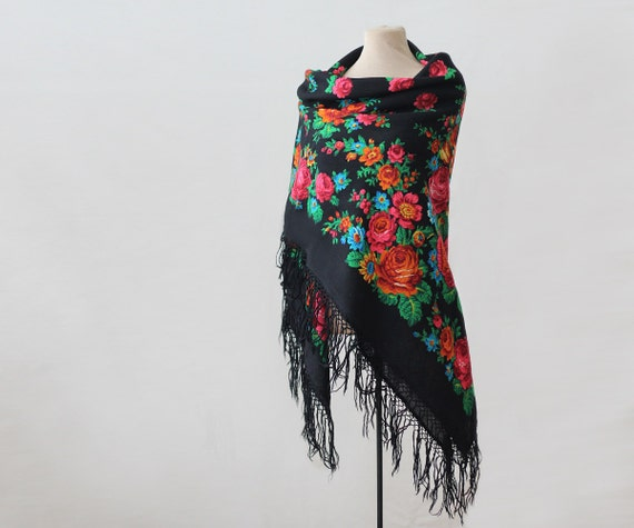 Russian shawl with roses and tulips, piano shawl,