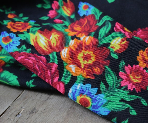 Russian shawl with roses and tulips, piano shawl,… - image 8