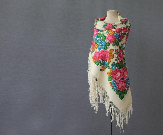 white Russian shawl, retro wool shawl, autumn shaw
