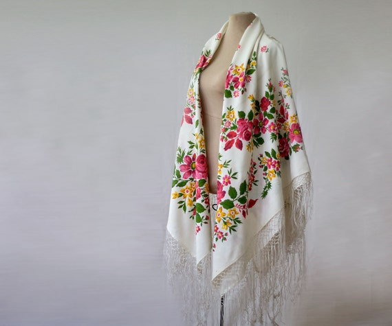 white floral silk shawl, white floral shawl, Russi