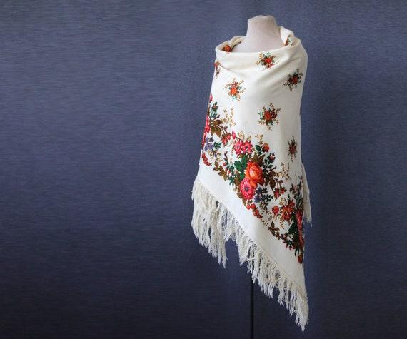 Off white Russian shawl, rustic wedding shawl, cre