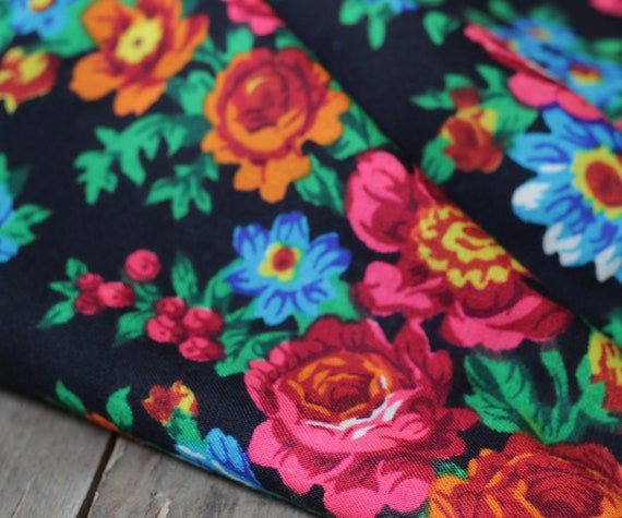 Russian shawl with roses and tulips, piano shawl,… - image 6