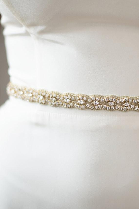 Blue Stones Cute Petal Crystal Wedding Belts Real Samples Satin Rhinestones Beading Diamonds Bridal Ribbons Sashes Wedding Accessories