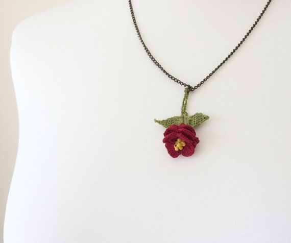Boho Statement Collar Women/'s Gift Red Rose Chain Necklace Beaded Charm Necklace Crochet Oya Collar Anniversary Gift Crochet Jewelry