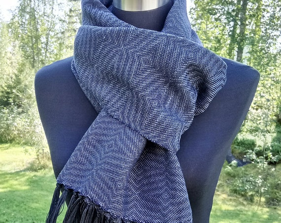 "Hand woven ""Reflections""- Scarf, smoke blue"