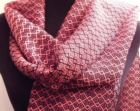 """Handwoven """"Infinity""""- Scarf, cotton"""