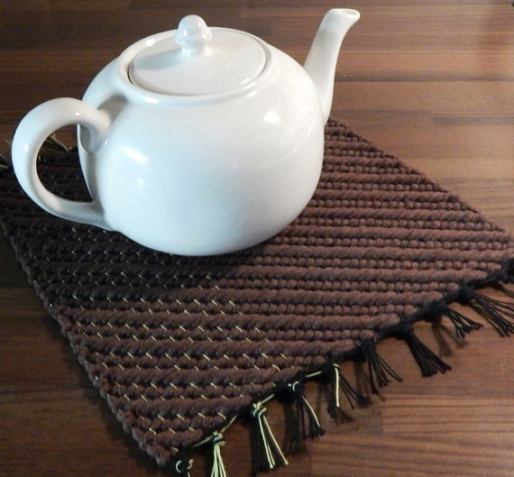 Hand woven Trivet, Rag Rug Placemat, Table runner