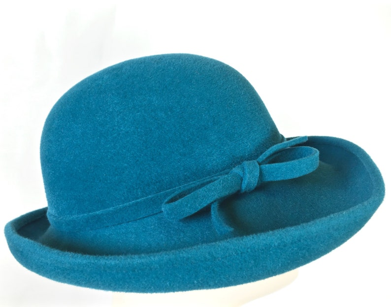 2f124dccc37 Turquoise Felt Women s Hat Medium Brim Hat Hat with