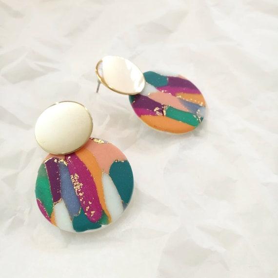 FOLK boucles d'oreilles colorées et feuille d'or