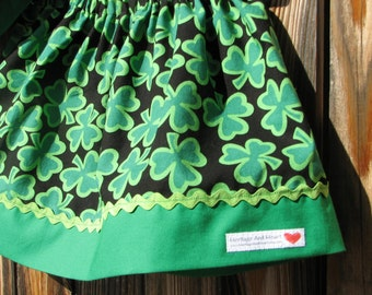 Ireland shamrock skirt... size 12 months... ready to ship