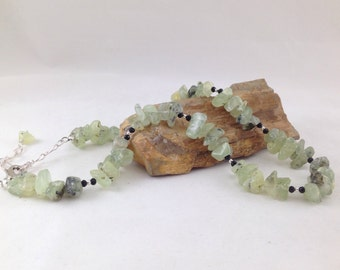 Chunky green prehnite and crystal necklace, green chunky necklace, statement jewelry, fashion jewelry, designer necklace, body novelties