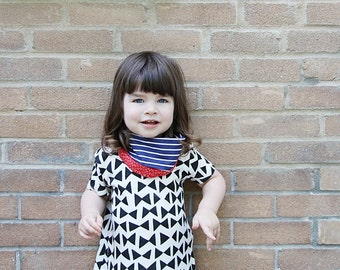 reversible loop scarf Baby and toddler Navy stripes and red hearts
