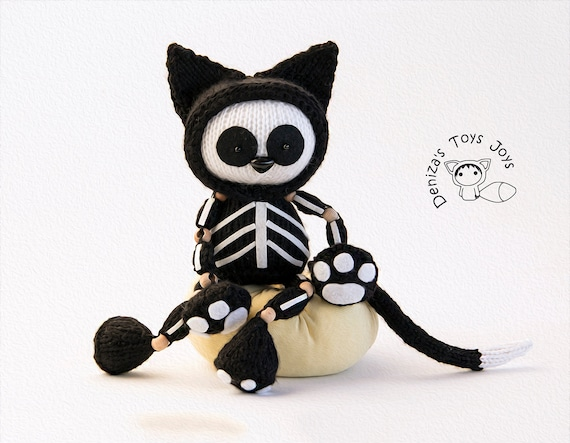 BONAPARTE SKELETON/'s Clothes by Georgina Manvell TOY PATTERN ONLY Halloween