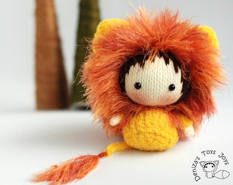 Shaggy Lion Doll. Toy from the Tanoshi series. - knitting pattern (knitted in the round)