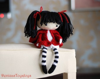 Eugene. The Doll in striped stockings with big umbrella. - pdf knitting pattern. Knitted in the round. Gift for girl