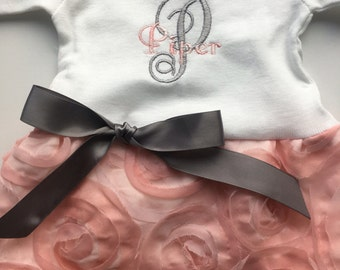 Newborn Girl Coming Home Outfit, Take Home Outfit, Going Home,Newborn Outfit, Newborn Dress, monogrammed, Baby Shower, Infant Dress