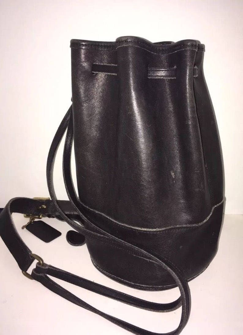 1220b536f4c2 Vintage Coach Black Small Drawstring Bixby Sling Shoulder