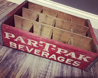 Very Rare Vintage 1970's Par-T-Pak Beverages Wood Soda Pop Crate Youngstown OH