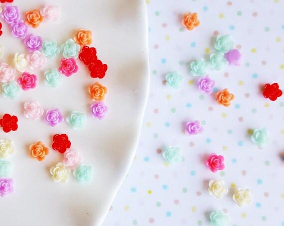 100PCS 8mm Rose Confetti, Flat Back Cabochon Confetti, Glitter, Mini Roses, Glitter Confetti, Confetti, Kawaii, Resin Glitter
