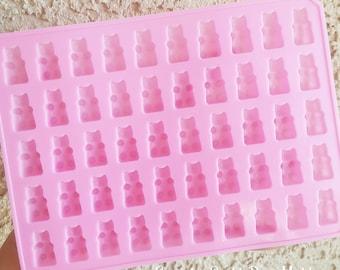 50 Cavity Silicone Gummy Bear Mold, Gummy Bear Resin Mold, Silicone Mold, Epoxy, Charm Mold, Kawaii, Resin Mold, Candy Mold, UV Resin Mold
