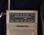 Vintage Soundesign Pocket Transistor Radio Am Fm