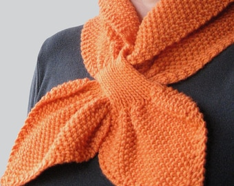 KNITTING PATTERN - Moss Stitch Keyhole Scarflette (Adult size) Digital Download PDF (Bowtie, Ascot, Pull-Through, Stay On style) Knit Scarf