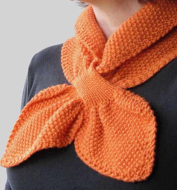 Textured Knit Keyhole Scarf Pattern Moss Stitch Keyhole Etsy