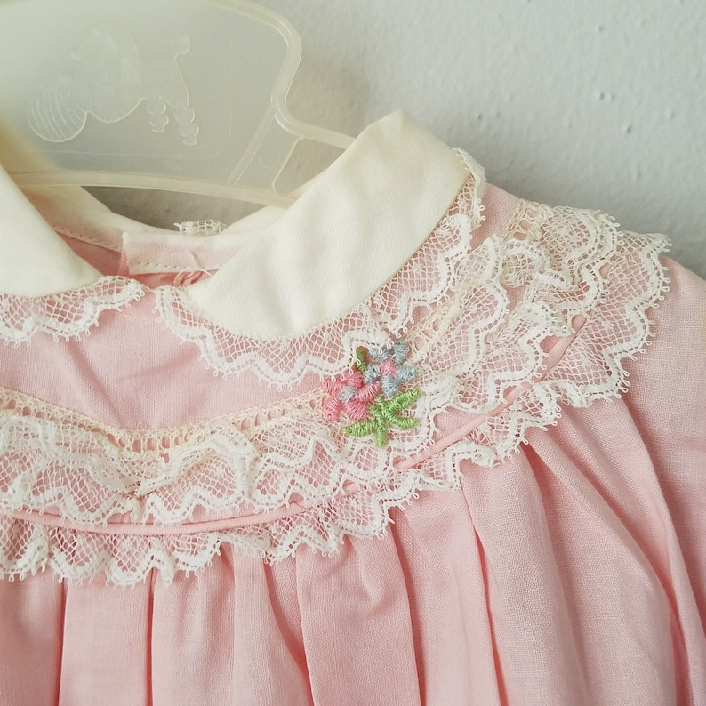 Vintage 50s Girls Pink Cotton Dress with Peter Pan Collar and Lace Trim never worn New Size 6-9 months Easter Dress
