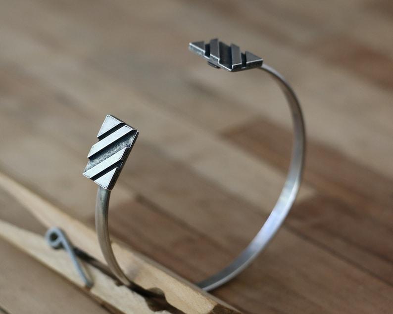 Uneven Dashed Double Square Panel Cuff Bracelet Asymmetric Gap Side Up Brass Stripe Boards Wristlet Women GoldSilver Emboss Lines Bangle